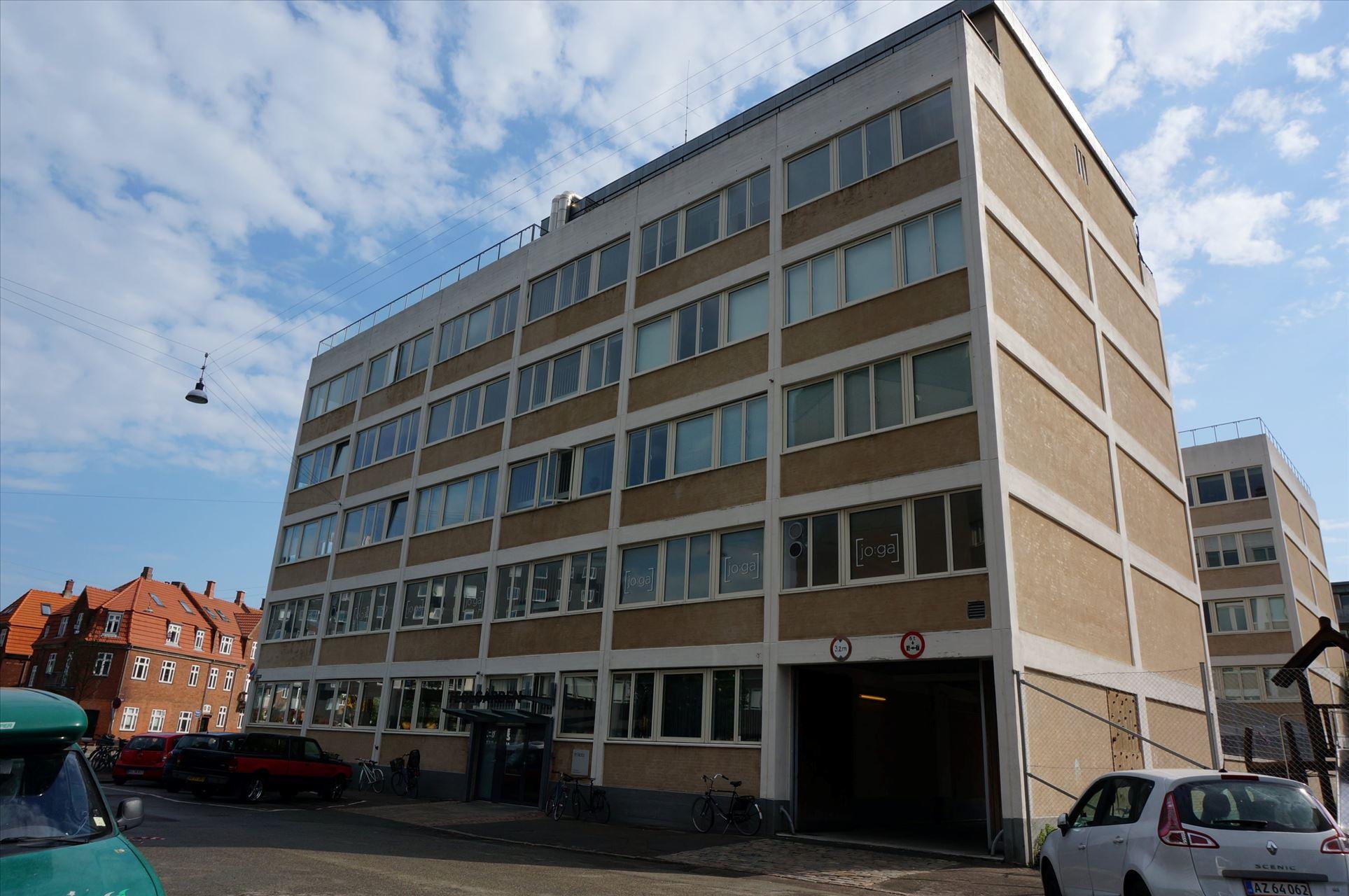 240 m² kontor-/ undervisningslokale
