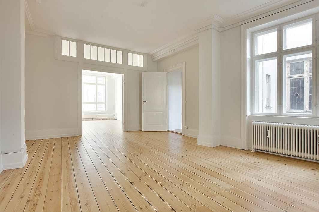 198 m² kontor – fuldstændig nyrenoveret