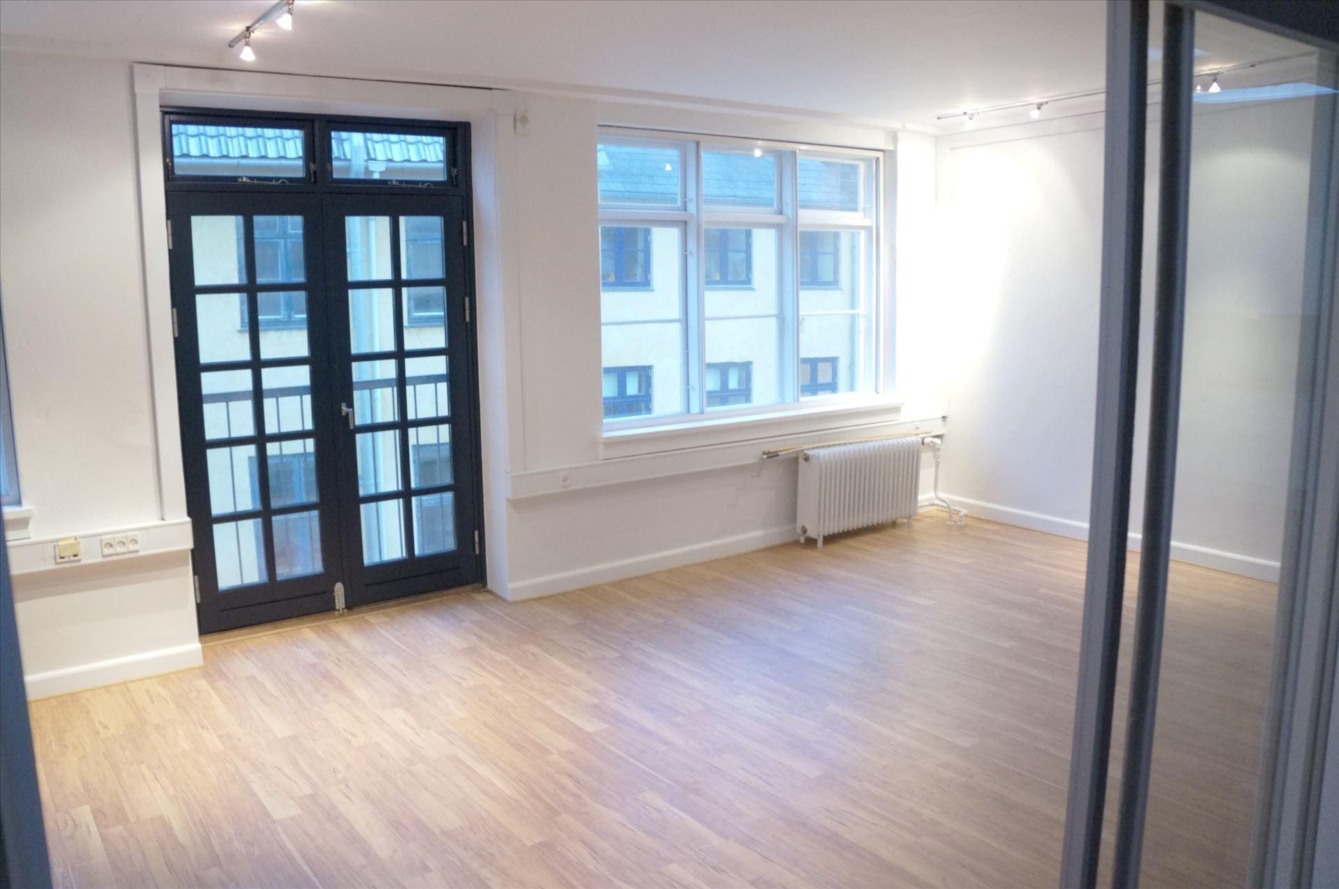 125 m² kontor