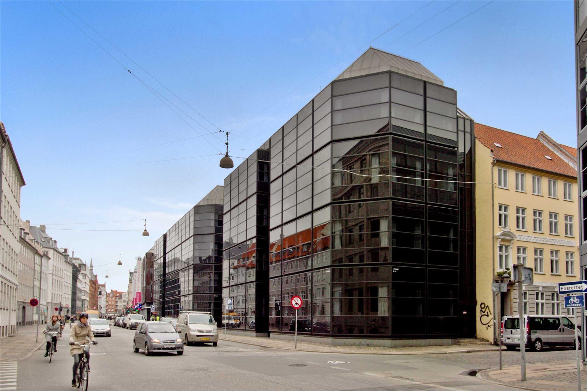 1.121 m² kontordomicil i hjertet af Kbh.