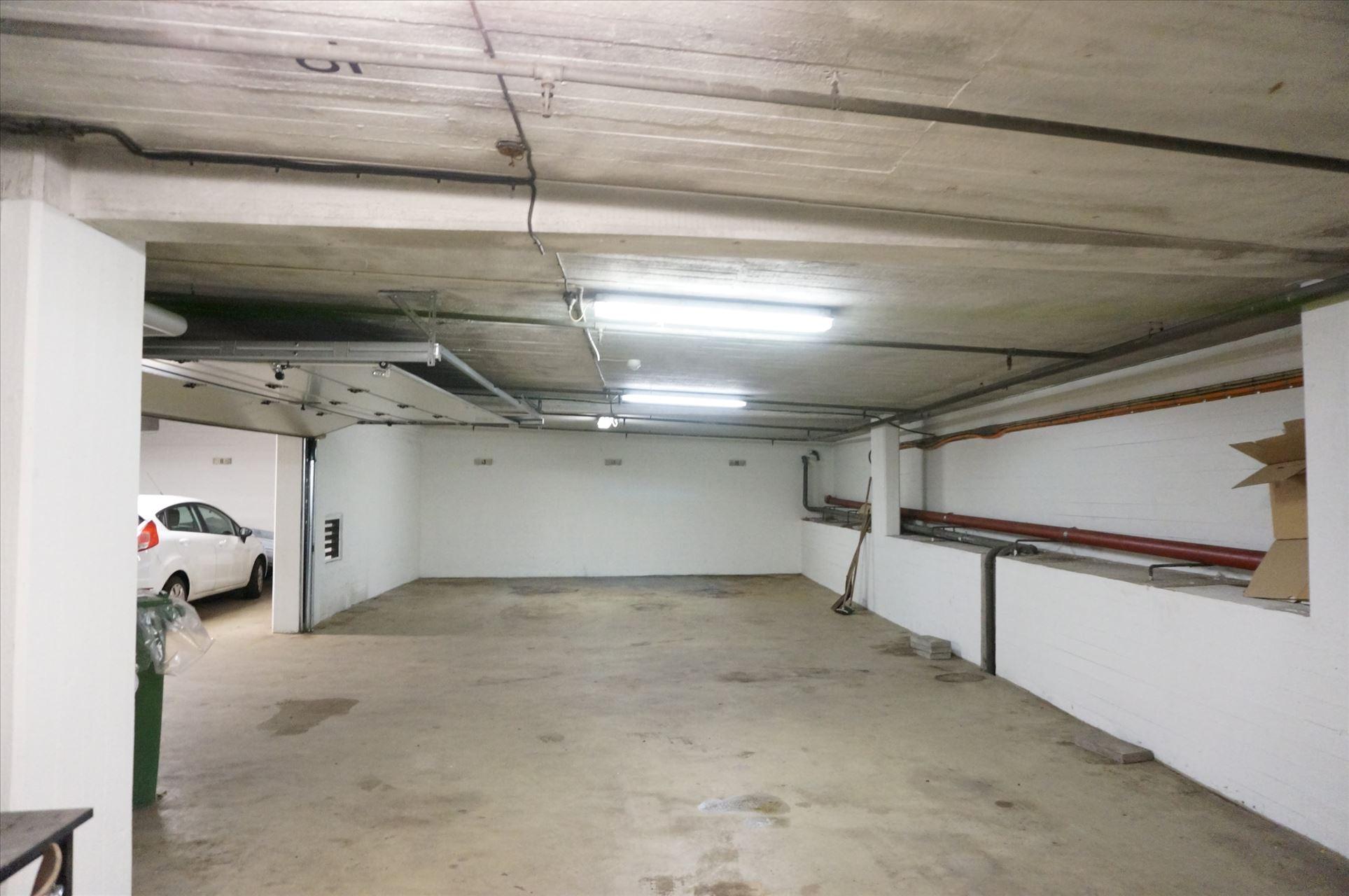 110 m² garage centralt på Frederiksberg