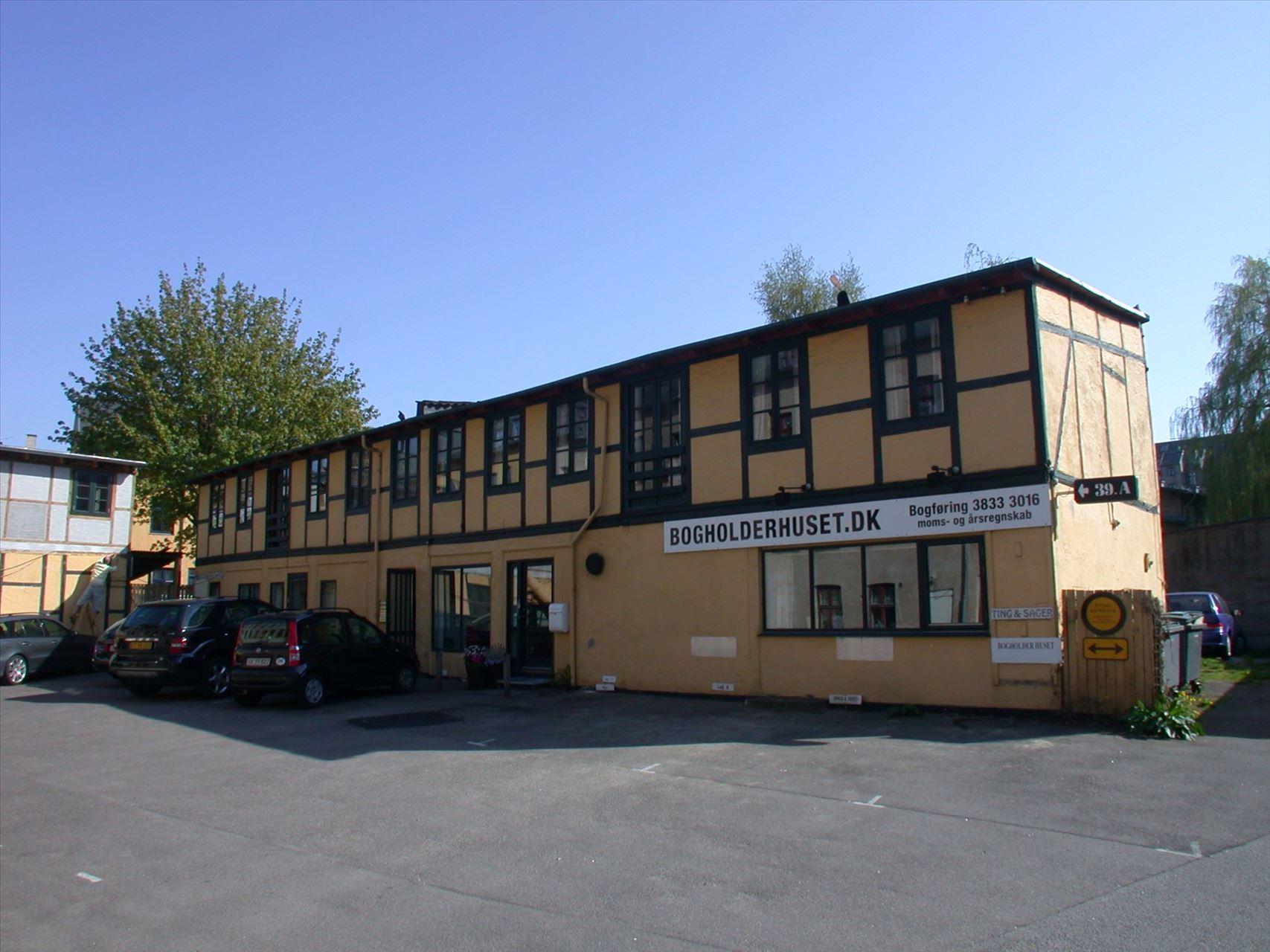 75 m² istandsat kontor i hjertet – Valby