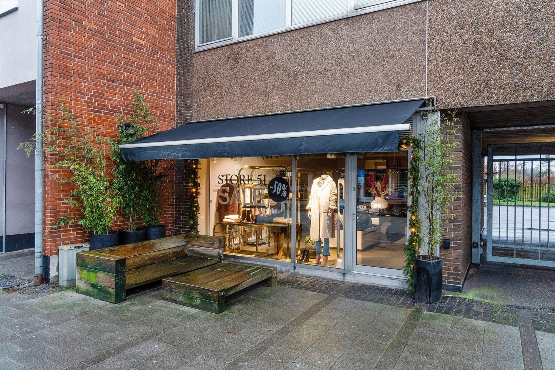 80 m² butik ved Vedbæk Station