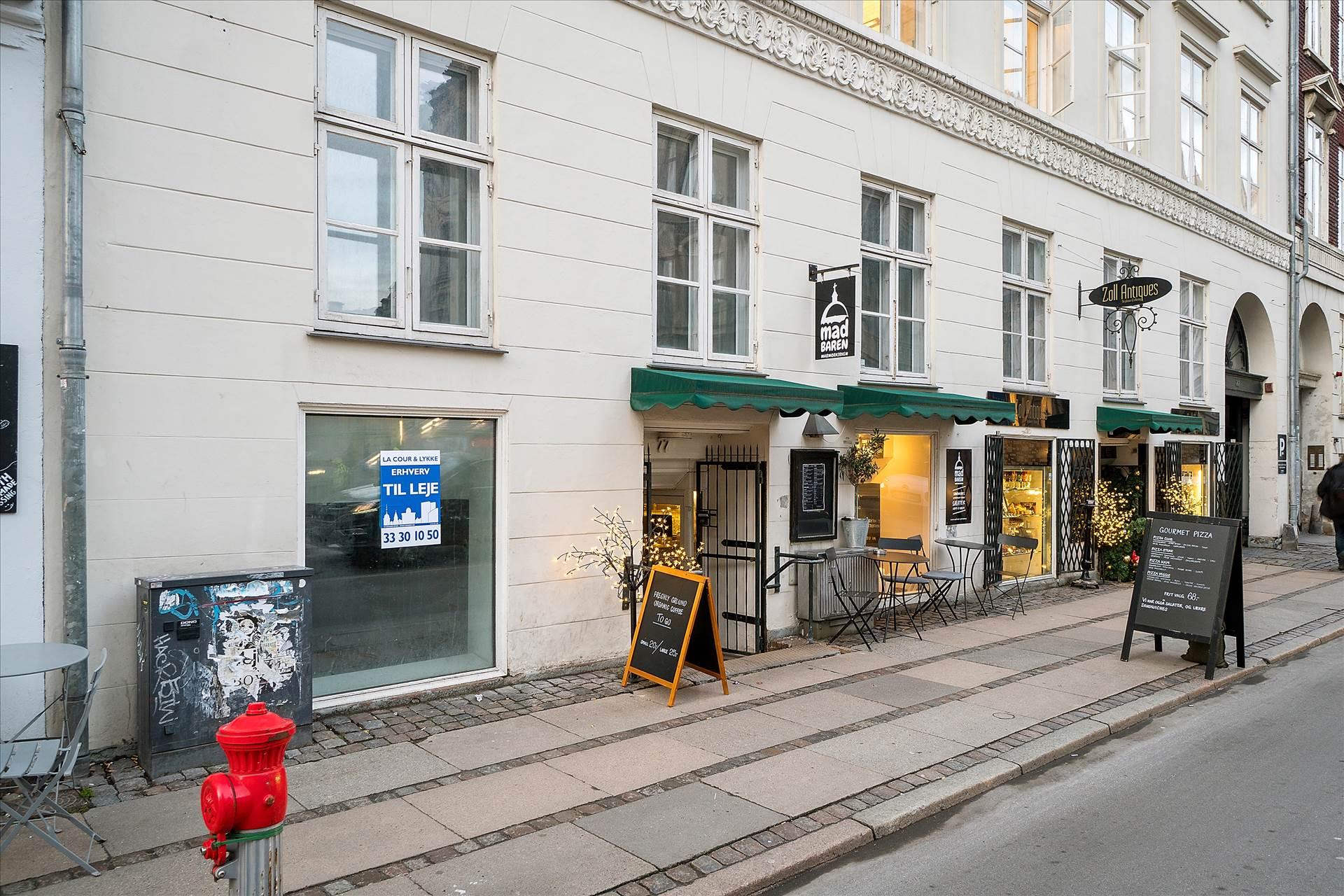 98 m² butik • Overfor Marmorkirken