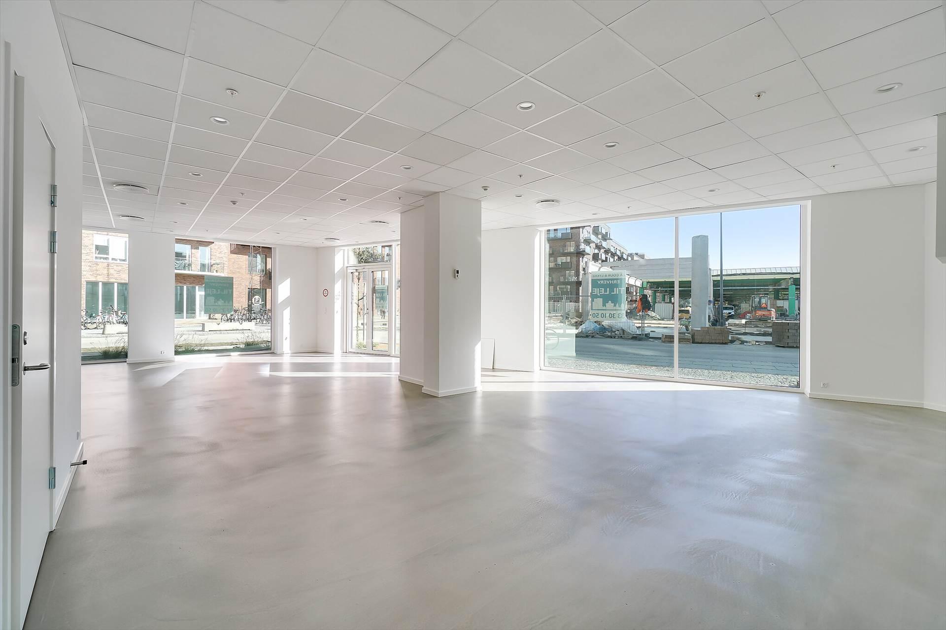 120 m² butik/kontor • Valby