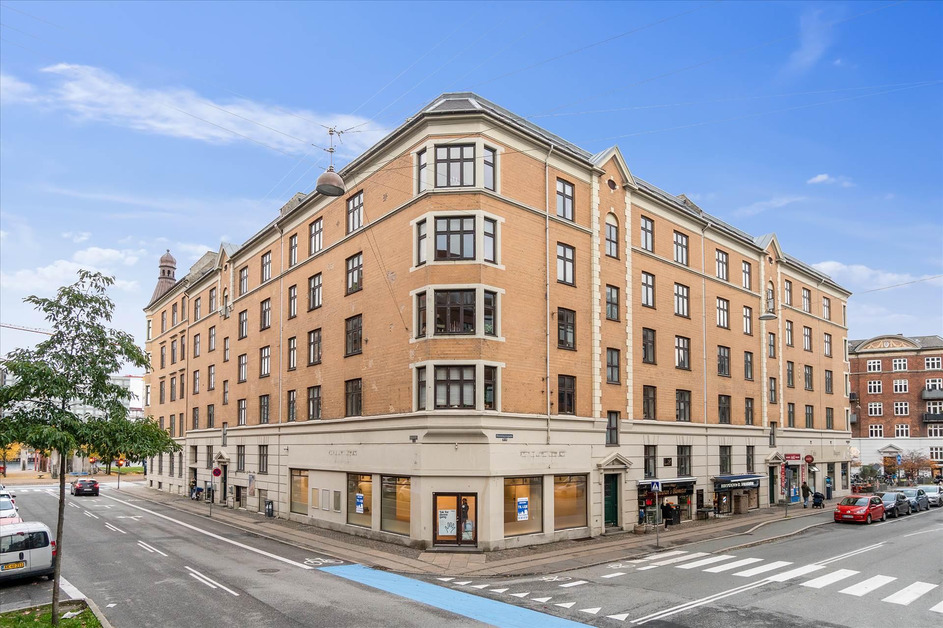 284 m² hjørnebutik • Islands Brygge