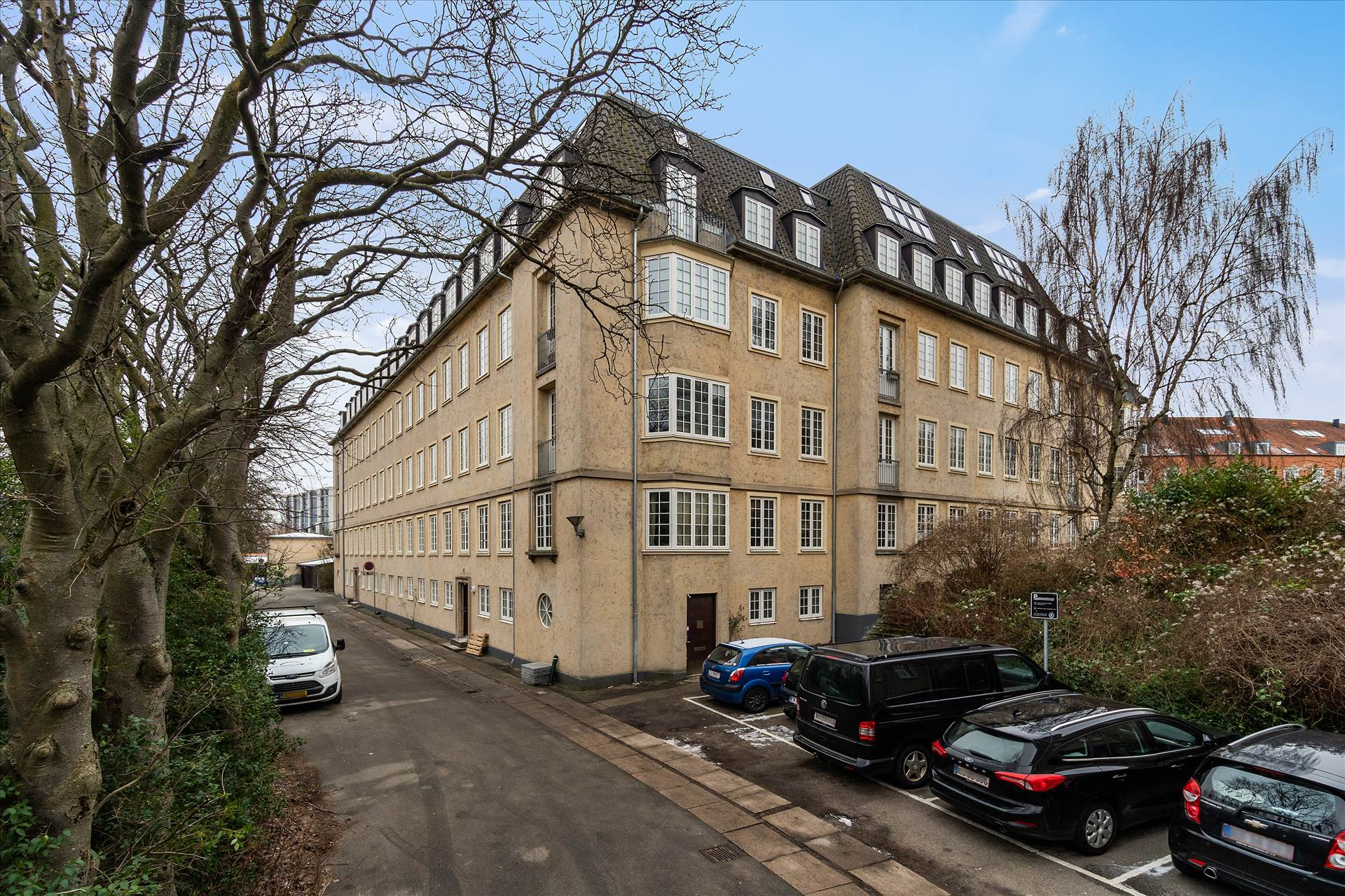 189 m² kontor/showroom • Frederiksberg