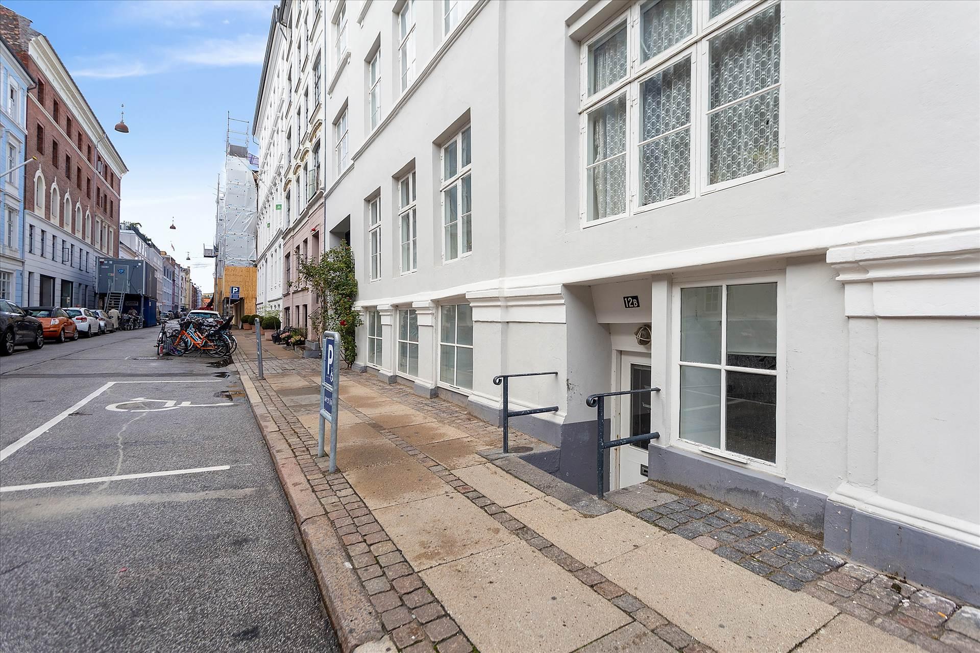 102 m² butik/kontor • Fredericiagade