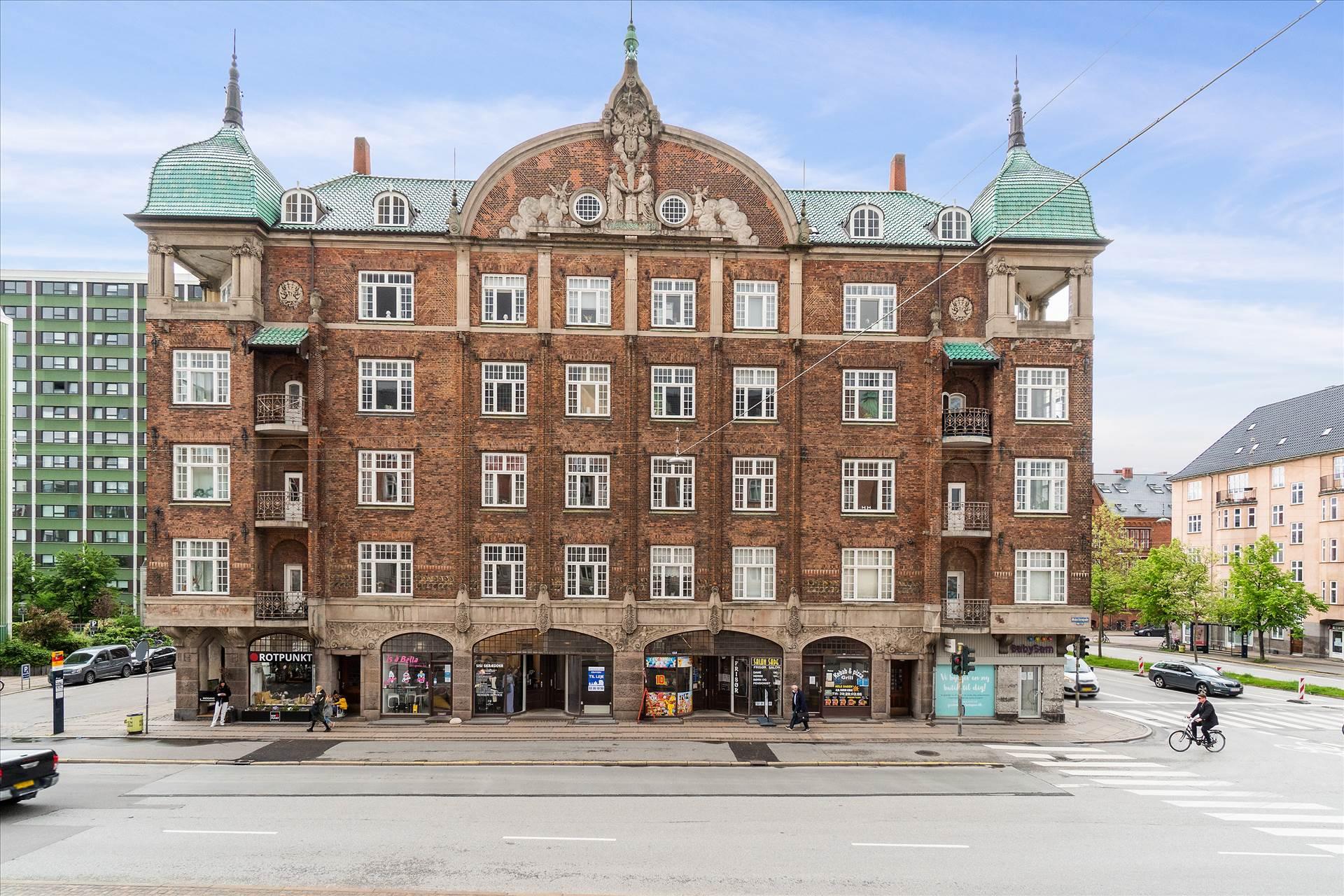 42 m² butik med kælder • Østerbrogade