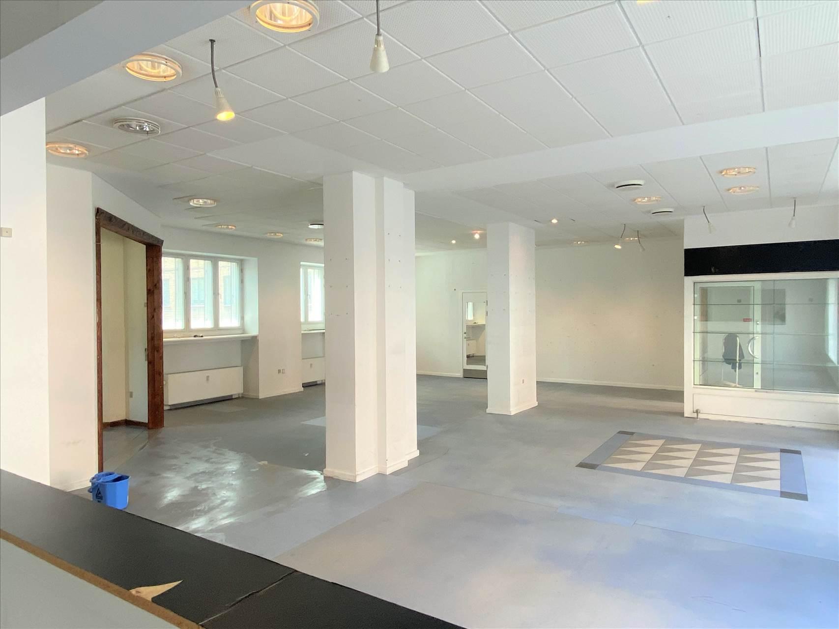 168 m² butik/showroom • Frederiksberg